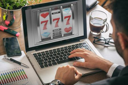online gambling, slots machine